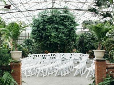 REAL WEDDING: Beautiful Botanical Garden Reception